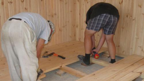 Устройство деревянного пола на лагах. Какую доску использовать для пола?