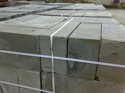 Дом из бруса из блоков. Дом из бруса или пеноблоков: что построить легче и быстрей?