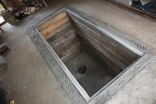 Т образная смотровая яма в гараже. Смотровая яма в гараже своими руками: как это делается правильно? 78 фото обустройства ямы
