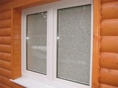 Как правильно установить пластиковые окна в деревянном доме. Установка пластикового окна в деревянном доме: процесс работ. Изготовление окосячки. Монтаж стеклопакета, подоконника и отлива