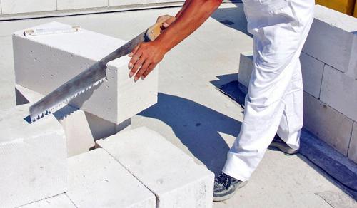 Стройка дома из блоков. Как строятся дома из блоков? Реально ли построить самому?