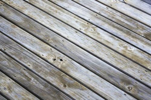 Как правильно положить ламинат на деревянный пол. Недостатки деревянных оснований