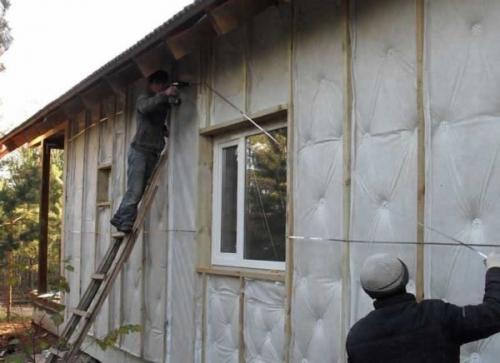 Как утеплить дом из бруса снаружи. Методика наружного утепления